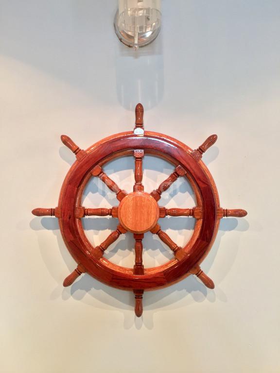 Mỹ nghệ gỗ mô hình vô lăng tàu gỗ 50cm