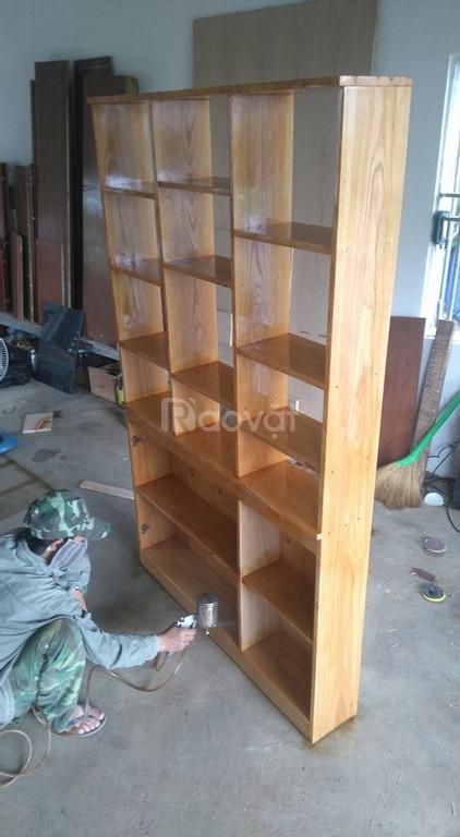 Sơn bàn ghế gỗ tại nhà giá rẻ TPHCM