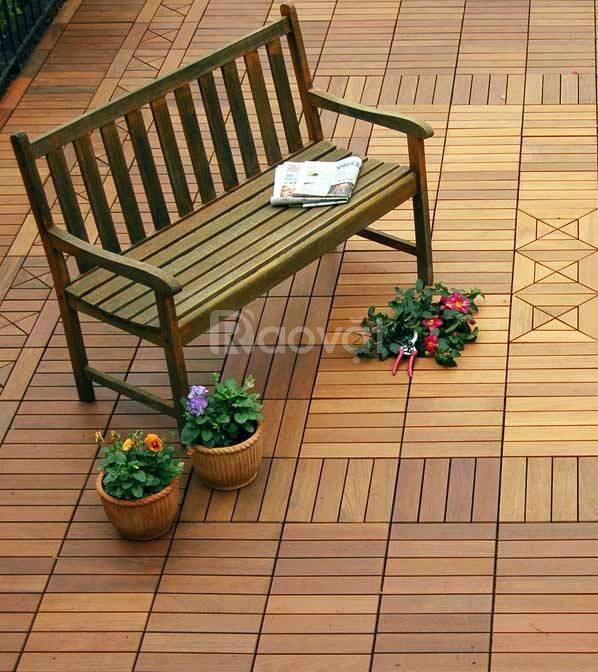 Cùng vỉ gỗ lót sàn tạo nên phong cách cho ban công của riêng bạn