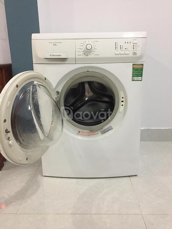 Máy giặt electrolux 6,5kg hình thật (ảnh 3)