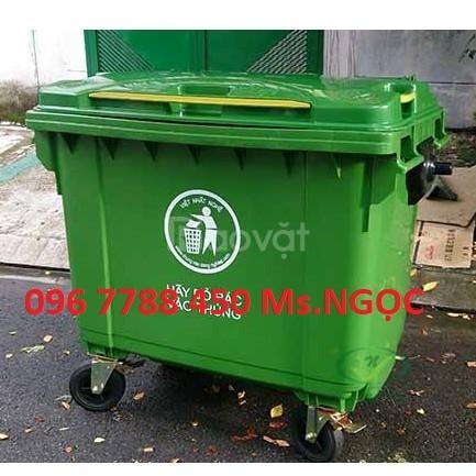Cung cấp thùng rác môi trường 660 lít có 4 bánh xe