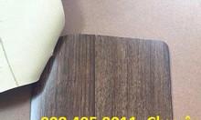 Tấm trải sàn nhựa vân gỗ simili giá rẻ