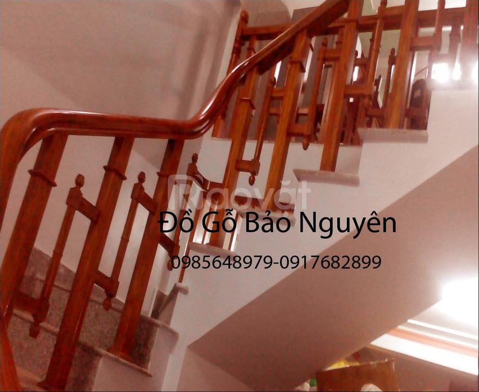 Cần bán gấp tay vịn lan can cầu thang gỗ lim