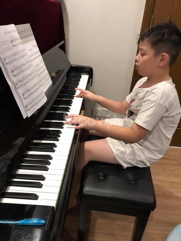 Sinh viên nhạc viện nhận dạy Organ Piano tại nhà