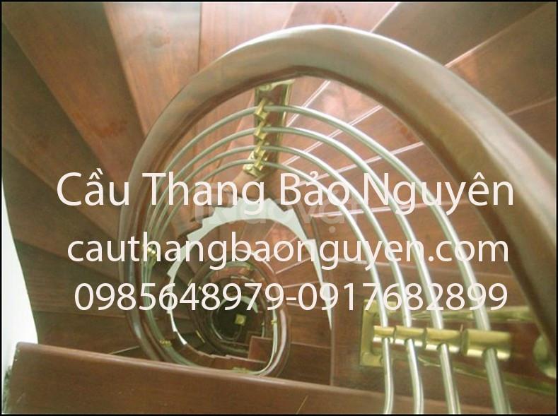Những mẫu tay vịn lan can cầu thang gỗ thanh lý giảm giá