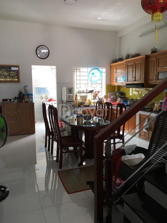 Bán nhà giá rẻ Thạnh Lộc Q12, DT 128m2, chính chủ, shr (ảnh 1)