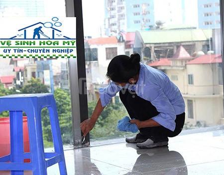 Dịch vụ vệ sinh công nghiệp, dịch vụ tổng vệ sinh nhà cửa