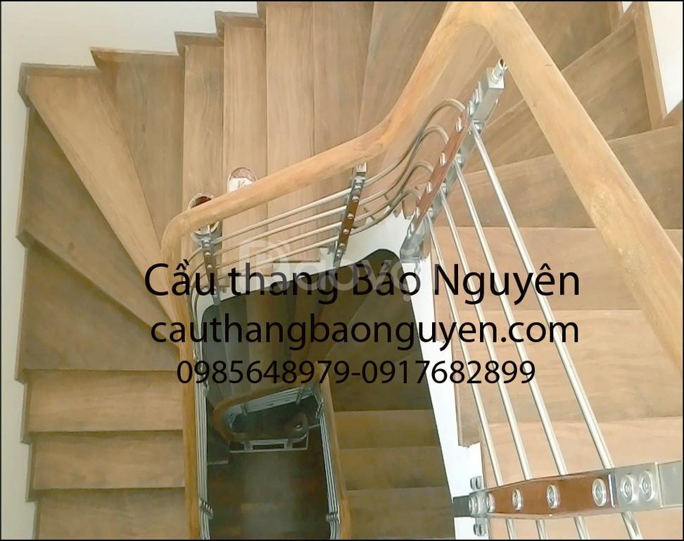 Bán tay vịn lan can cầu thang gỗ lim