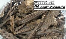 Chuyển mẫu gỗ, mẫu than, trầm hương, tinh dầu đi nước ngoài
