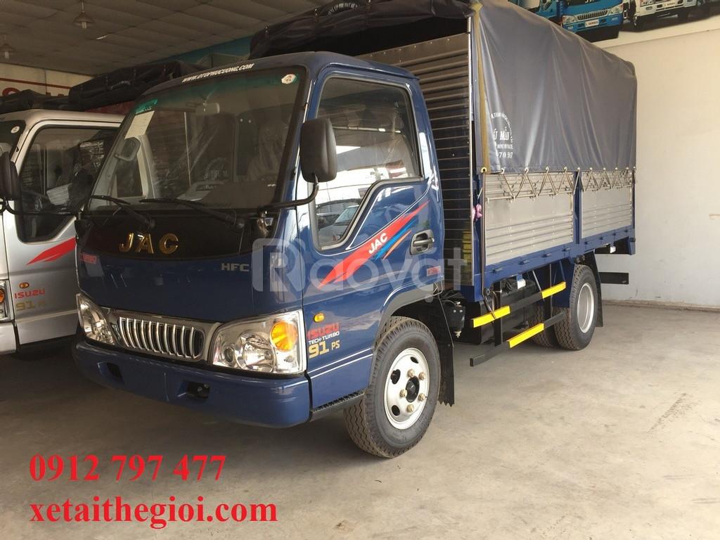 Xe tải jac 2T4 khuyến mãi tháng 8 (ảnh 1)