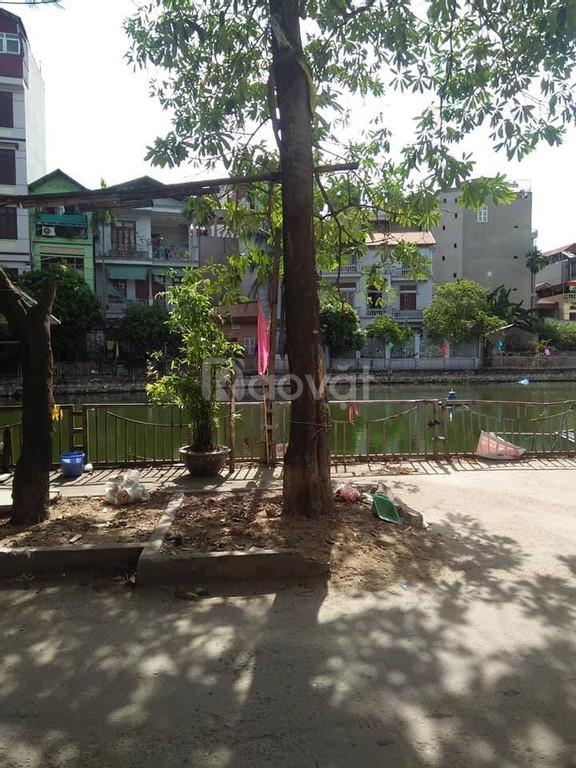 Bán nhà cách Ngã Tư Sở 1km, ô tô vào, kinh doanh sầm uất (ảnh 2)