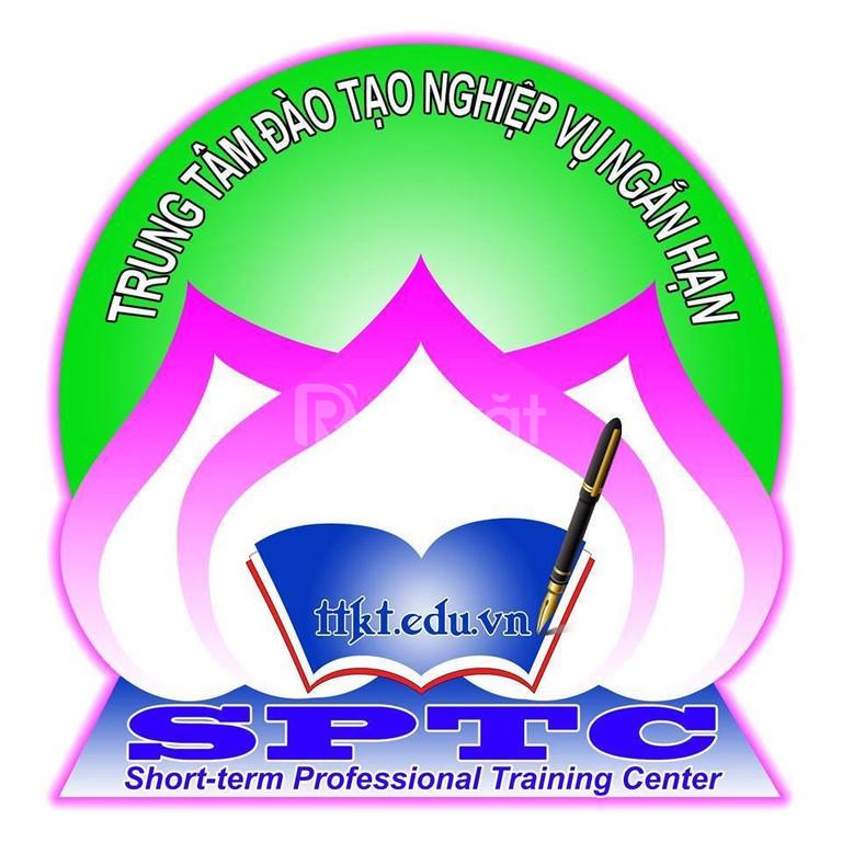 TT SPTC khai giảng lớp nghiệp vụ chuyên viên tài chính ngân hàng