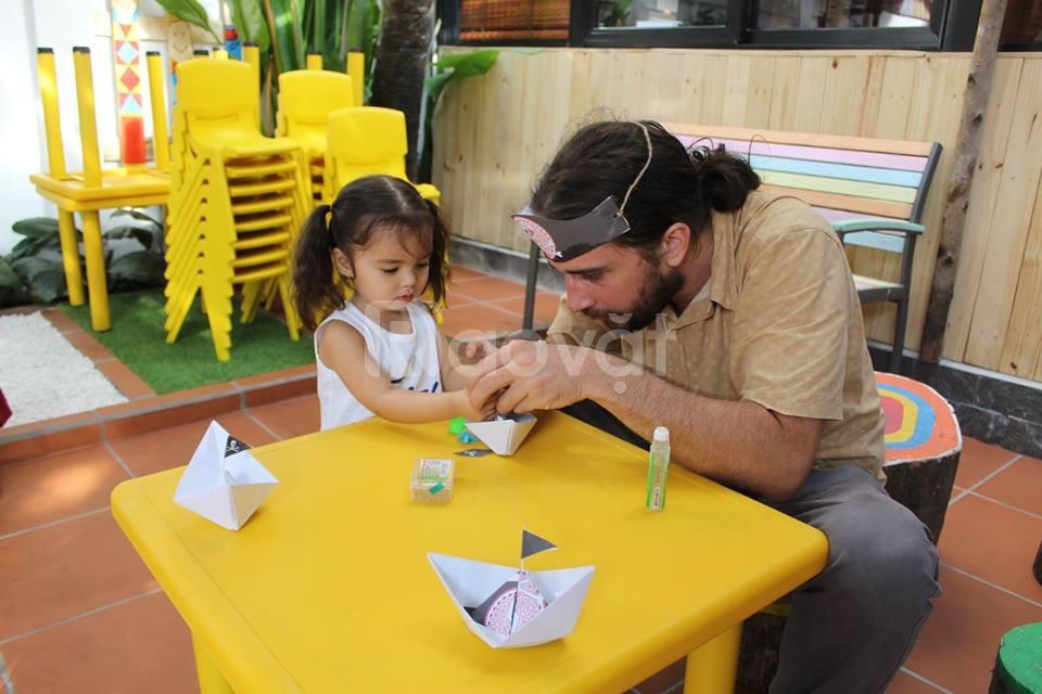 Không chỉ trông nom, trẻ cần được giáo dục sớm và đúng cách
