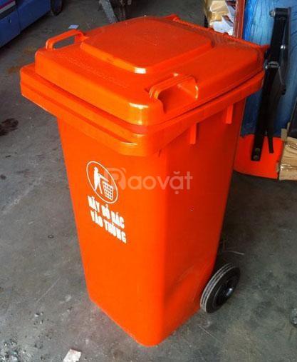 Thùng rác 240 lít có nắp kín