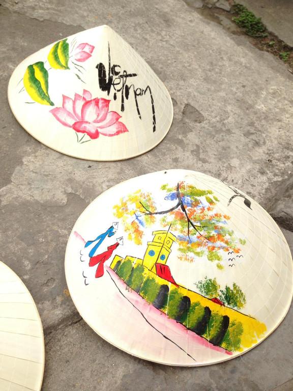 Bán nón lá mũ lá nón quay thao tại Hà Nội