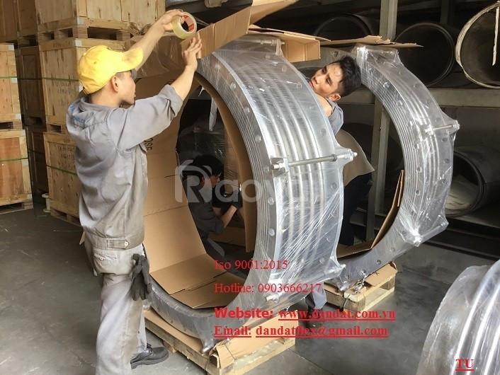 Ống chộn bê tông dây dẫn nước inox nóng lạnh 304 bù trừ pasty