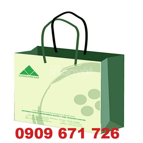 Xưởng in túi giấy shop thời trang, in túi đựng đựng mỹ phẩm giá rẻ