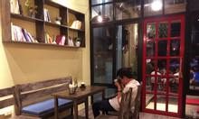Quán cà phê Vintage giơ máy lên chụp góc nào cũng đẹp tại Ninh Bình