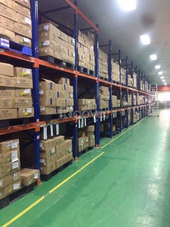 Kệ trung tải, kệ công nghiệp sắt sơn tĩnh điện toàn phần giá tại xưởng