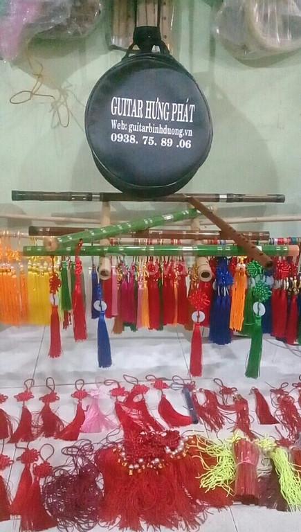 Bán sáo giá rẻ toàn quốc tại guiar Hưng Phát