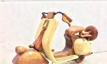 Mô hình xe Vespa bằng gỗ tự nhiên