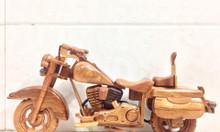 Mô hình xe môtô bằng gỗ tự nhiên