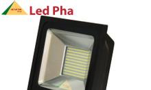 Đèn pha led 100W - giá trị nâng tầm cuộc sống