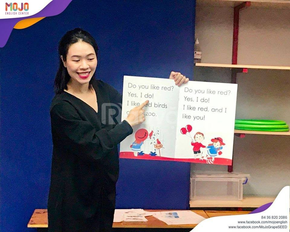 Lớp học tiếng anh GrapeSeed Cầu Giấy Hà Nội tại trung tâm MoJo English