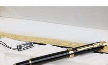 Bán quà tặng các loại: bút gỗ, bút máy, usb nhiều loại, kỷ niệm chương