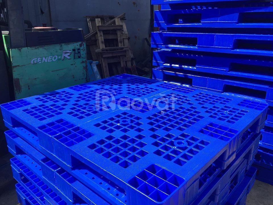 Pallet nhựa P1210