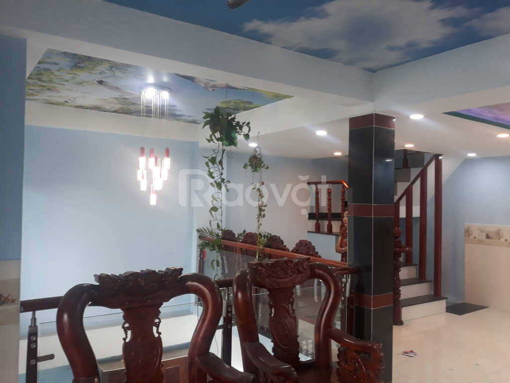 Cho thuê nhà 3,5 tấm, 3PN, 3WC, nội thất, P.L Xuân, Thủ Đức (ảnh 4)