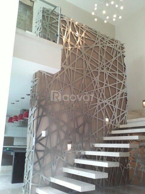 Gia công trọn gói lan can cầu thang sắt mỹ thuật cho biệt thự