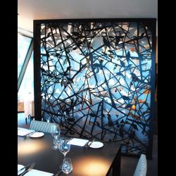 Vách ngăn sắt CNC sơn epoxy trang trí nhà hàng, quán cafe