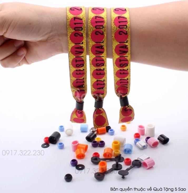 Vòng tay vải sự kiện in theo yêu cầu giá rẻ tại xưởng