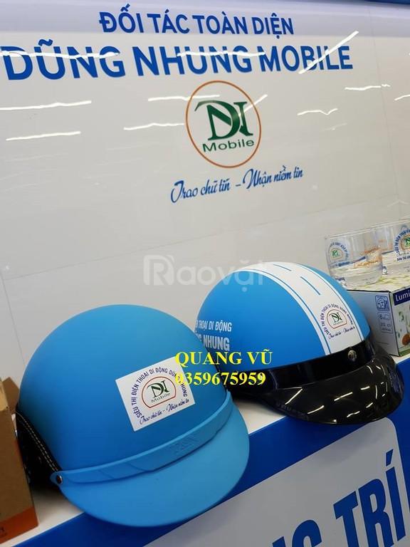 Qùa tặng Quang Vũ,  mũ bảo hiểm in logo giá rẻ, miễn phí vận chuyển