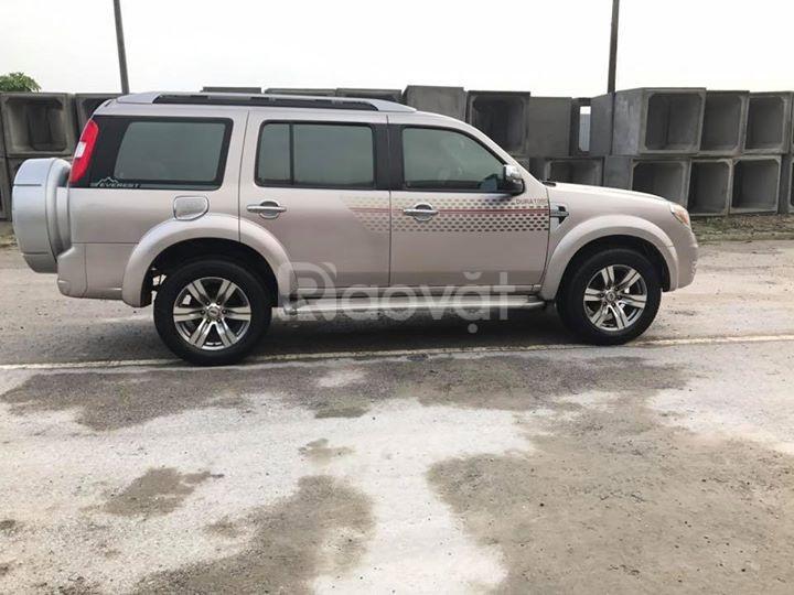 Cần bán Ford Everest cuối 2012 Limited xe màu hồng phấn (ảnh 1)