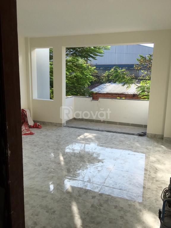 Cho thuê nhà vị trí đẹp, nhiều tiện ích tại đường số 12, Linh Tây (ảnh 1)