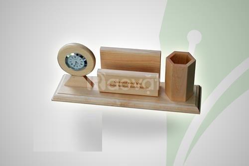 Lịch gỗ để bàn ( mẫu 3 )