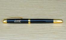 Bút kim loại ( mẫu 10 )
