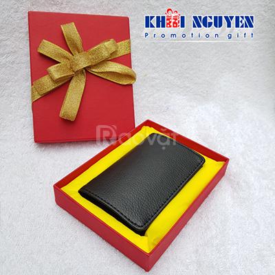 C/c quà tặng: bút ký, bình giữ nhiệt, bình đựng nước, ly sứ Minh Long