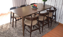 Bộ bàn ghế ăn bằng gỗ hiện đại hot trend 2019