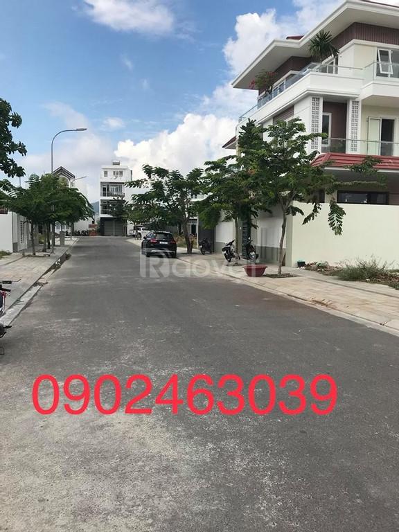 Căn hộ góc 3 phòng ngủ chung cư CT5 Vĩnh Điềm Trung Nha Trang gần chợ
