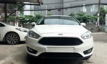 Ford Focus, tặng đủ phụ kiện, khuyến mãi ngập tràn