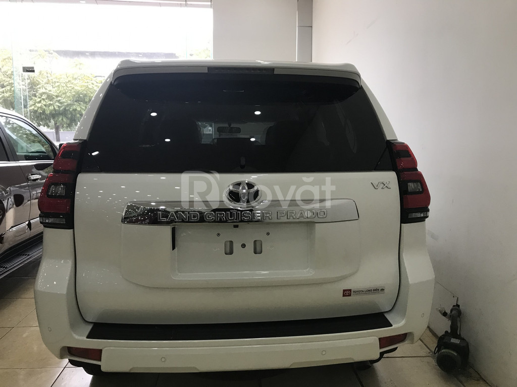 Bán Toyota Land Cruise Prado VX 2019 màu trắng xe và giấy tờ giao ngay