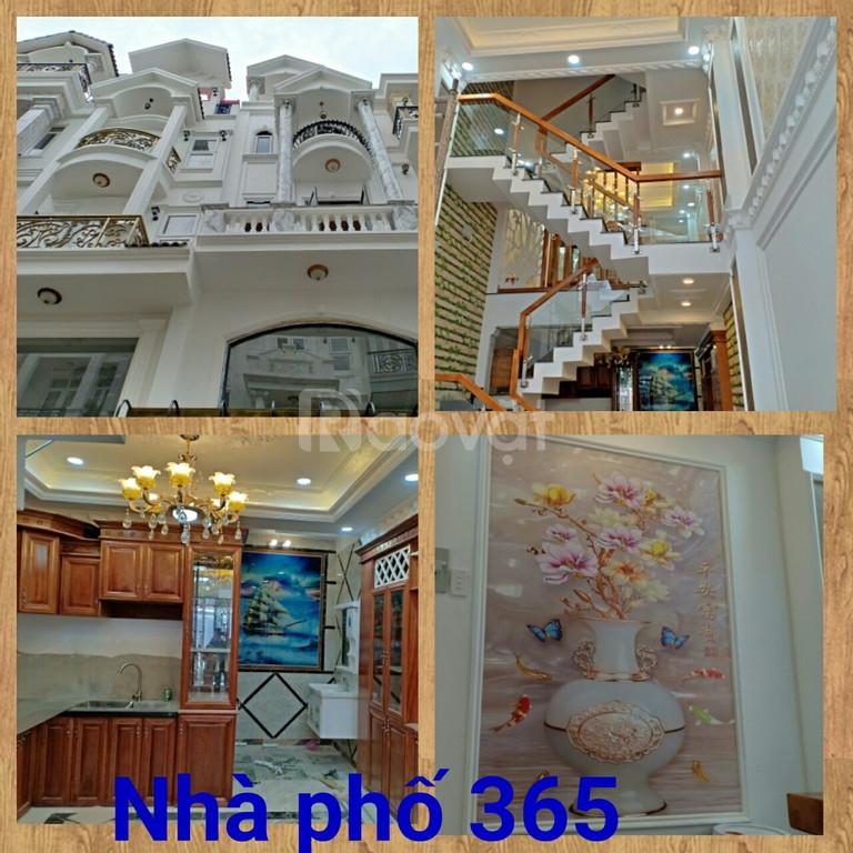 Nhà phố cao cấp 4 x 14m đường Lê Đức Thọ p.13 q.Gò Vấp
