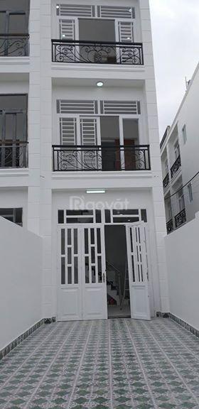 Bán nhà trệt 2 lầu Tô Ngọc Vân Quận 12 mua về ở liền