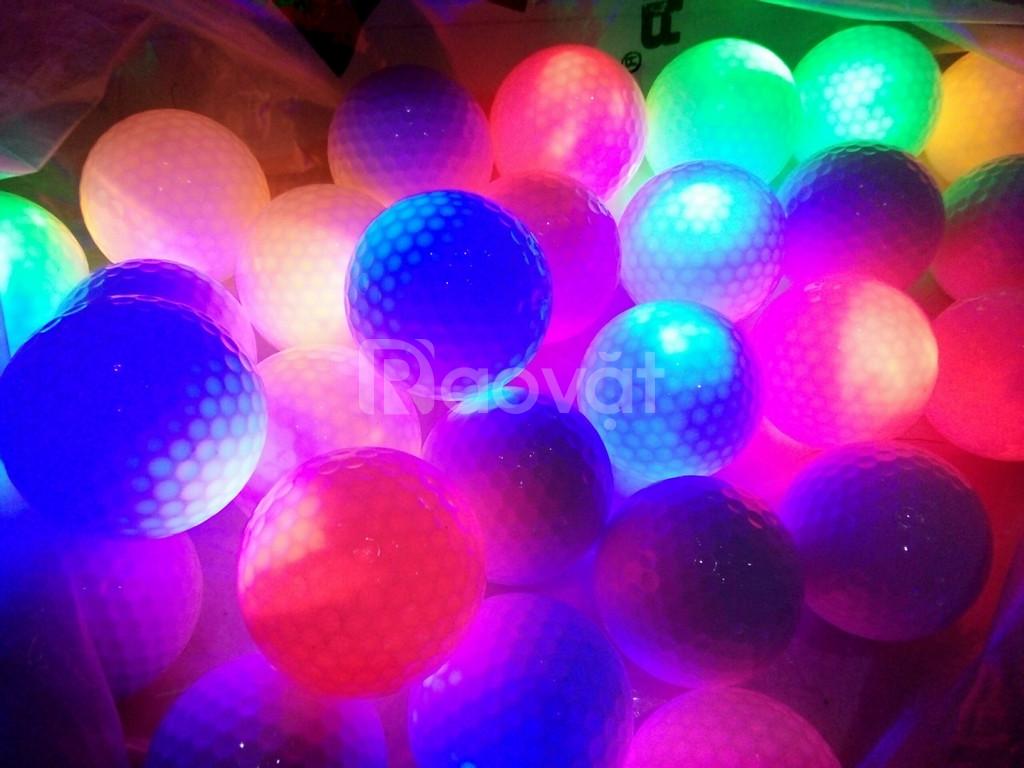Bóng golf phát sáng