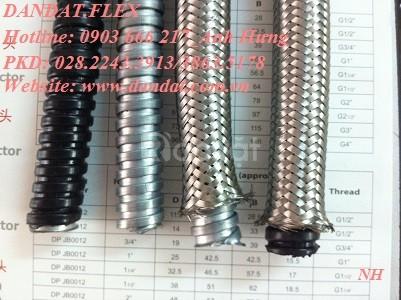 Ống ruột gà lõi thép đầu nối, ống thép mềm luồn dây điện bọc nhựa pvc