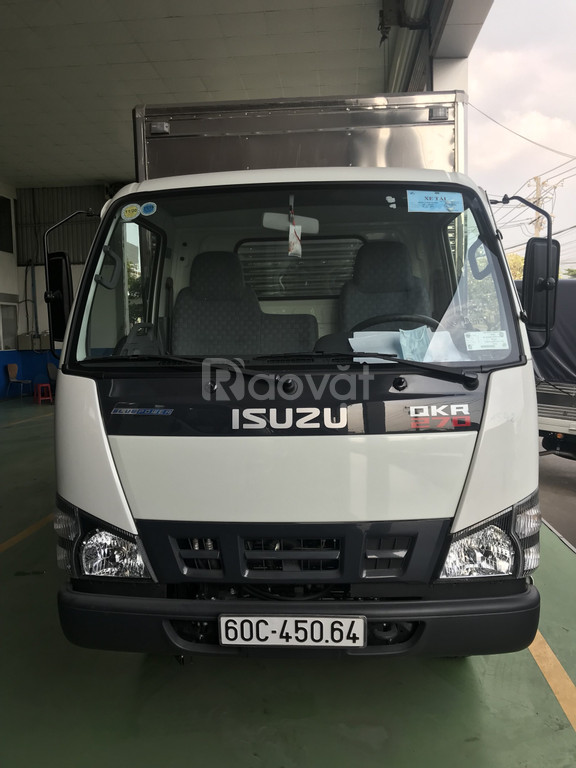 Xe isuzu QKR77H 1T9 thùng kín inox
