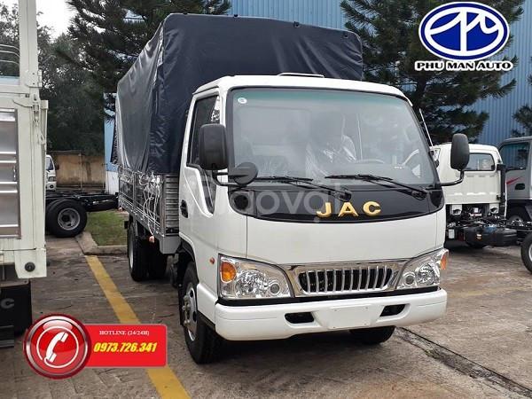 Xe tải JAC 2t4 động cơ Isuzu thùng dài 4m4